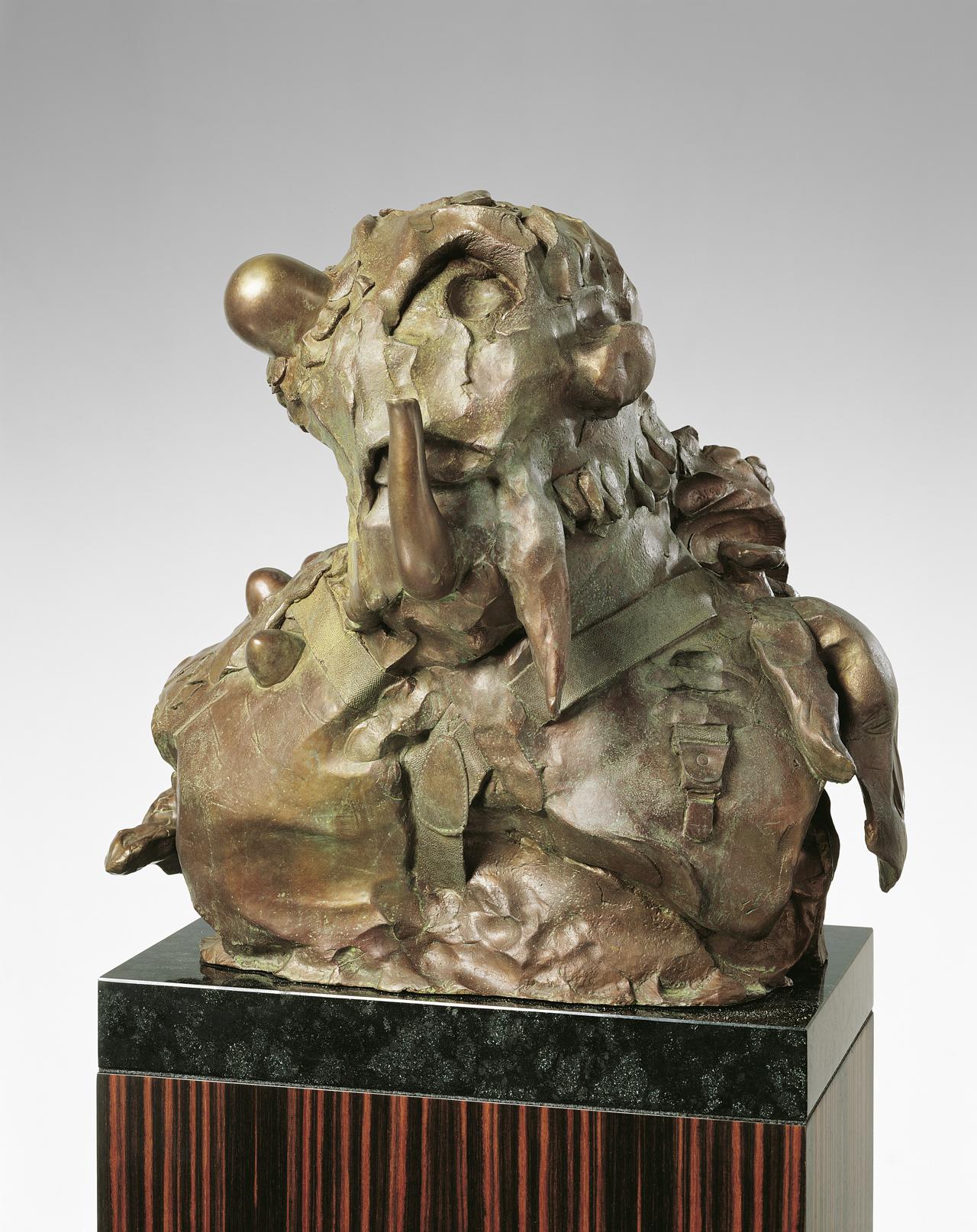 Jonathan Meese, General SWEETIE (Wau-Wau im Wolfsfell), 2007, Bronze, 54 x 56 x 49 cm