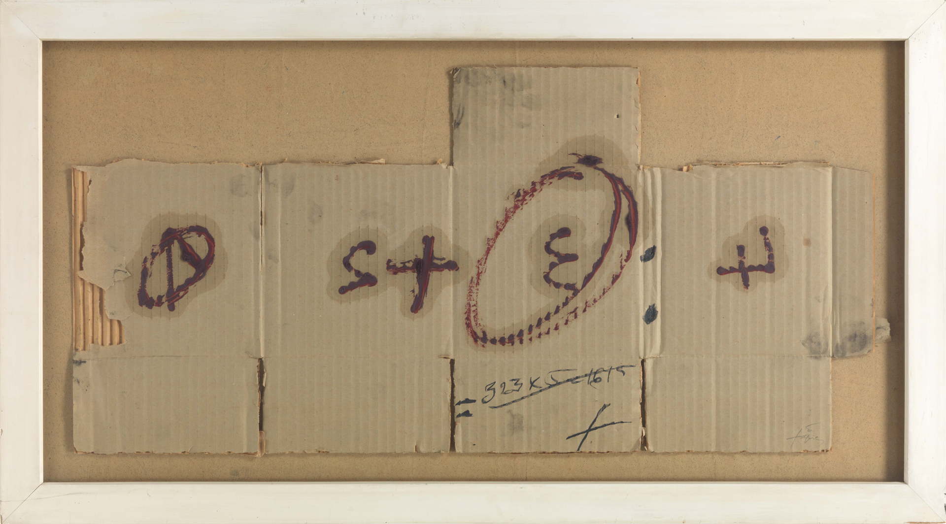 Antoni Tàpies, Cartó amb xifres, 1975, Öl und Gouache auf Wellkarton auf Pavatex, 44,5 x 87 cm